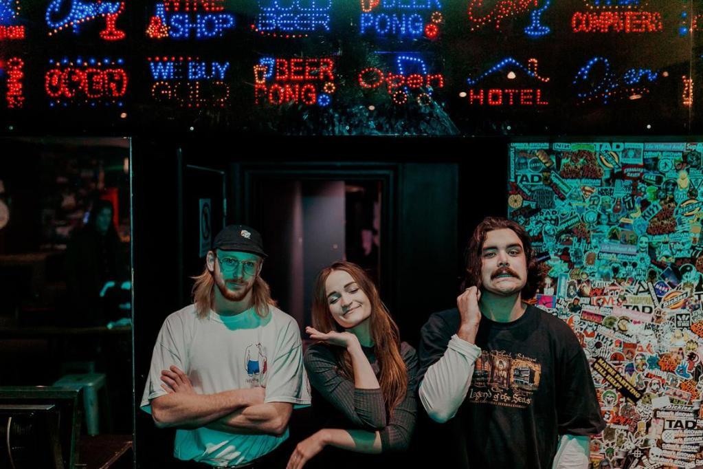 five sydney acts 2017 music raave tapes savage thrills savagethrills